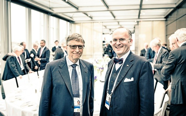 MSC Klaus Schweinsberg and Bill Gates web